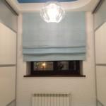 Шторы в римском стиле нежно-голубого цвета для придания красоты вашему интерьеру
