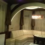 Оригинальные шторы темные с белым тюлемдля зоны отдыха от салона штор Декория