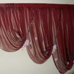 Бордовые каскадные шторы для декора от салона штор Декория