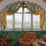 Удивительные шелковые шторы для арочного окна от салона штор Декория . Пошив штор на заказ в Челябинске