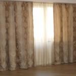 Кремовая теневая штора с рисунком от салона штор Декория